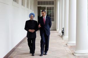 President Obama and Prime Minister Manmohan Singh walking together